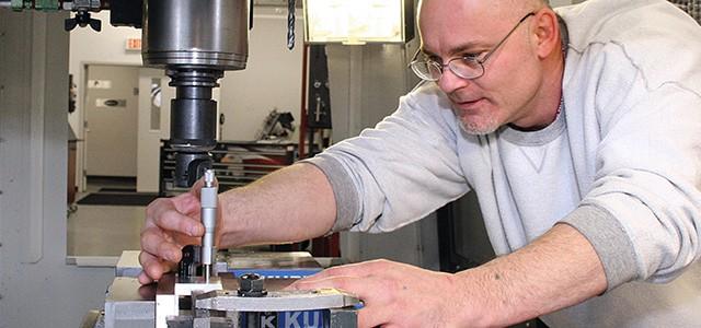 Nice CNC Production Technician | CNC Operator | CNC Training | Gateway Technical  College